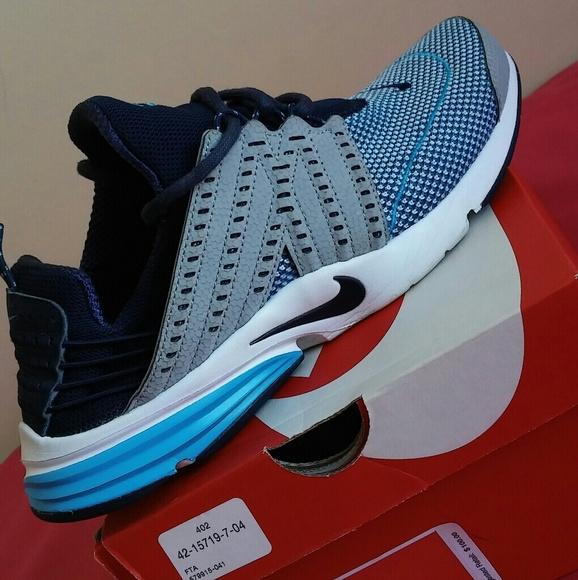 Nike Lunar Presto Size 9 Men & 11 Women.